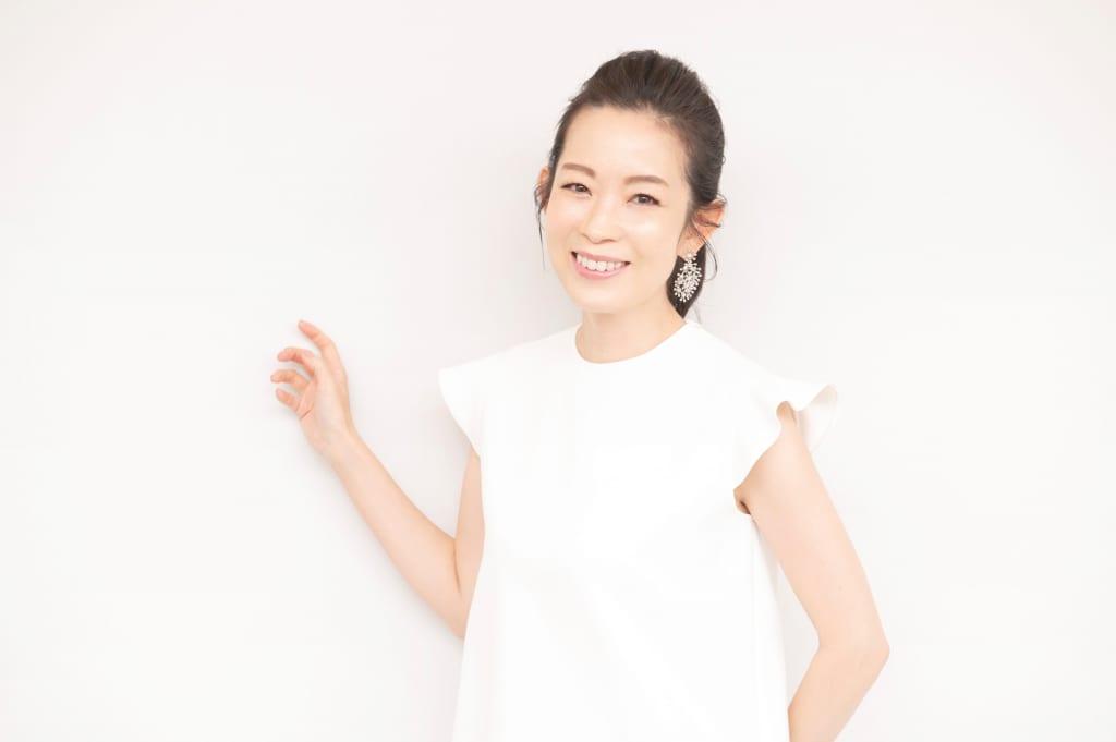 年齢を感じさせない美肌の秘訣って?美容家・深澤亜希さんに聞く、時短でハリツヤ肌になるためのケア