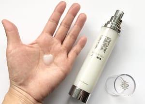 同ブランドの「プラチナムリッチ ナノエマルジョン」はマッサージのおともに最適です。ナノ化された保湿成分などが肌にみずみずしいうるおいを与え、水分と油分のバランスを整えてくれます。使い続けることでハリと透明感のあるツルツルの肌へと導きます