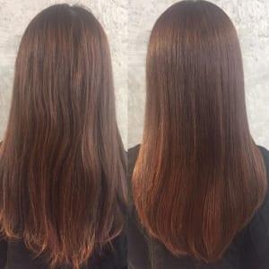 こちらの写真は、髪質改善前の髪(左)と髪質改善後の髪(右)です。髪質改善後は、毛先にオイルをつけドライヤーで乾かしただけです