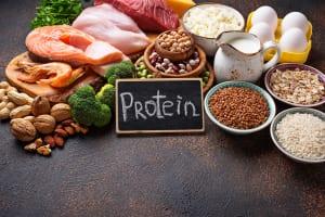 低カロリーで高タンパク質な商品を選ぶ