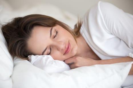 コロナストレスで不眠に?ぐっすり眠るための寝る前習慣5つ