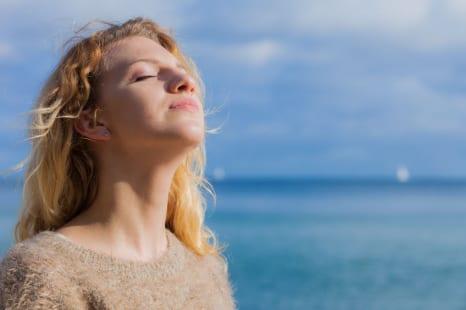 ストレスで疲れた心を労る!12星座別・心を癒してくれるもの