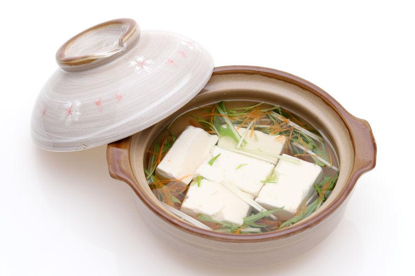ダイエットもエイジングケアも!体が温まる「ちょい足し湯豆腐」