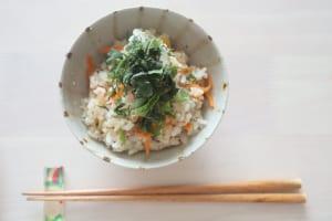 美肌に導く「鯖缶の炊き込みご飯」のレシピ