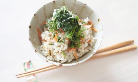 疲れの原因に!?野菜中心で不足しがちな栄養素を補うレシピ