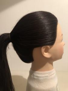 基本的に横顔が最も美しく見えるバランスは、両耳のトップ(イヤツーイヤー)の位置をつないだ位置といわれています
