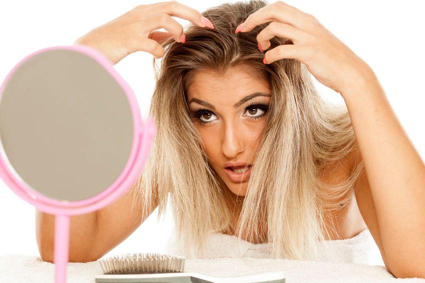 頭皮の臭い&かゆみの原因?頭皮環境が悪化するNG行動3つ