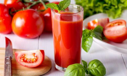 効率良く美肌成分が摂れる!トマトジュースの活用法
