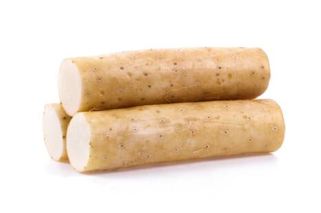 山芋は更年期の味方!不調解消に役立つ薬膳的・味噌汁レシピ