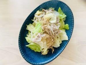 豚肉+キャベツ+たまねぎの炒め物
