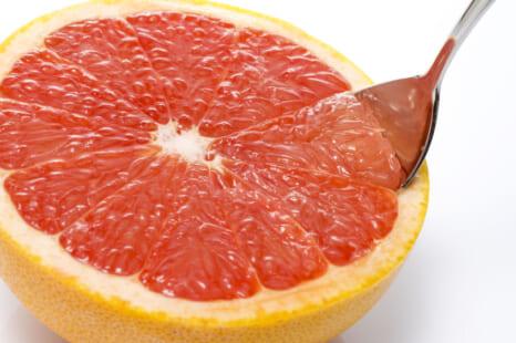 春は暴飲暴食の季節?ストレス食べ予防に役立つ果物&お茶