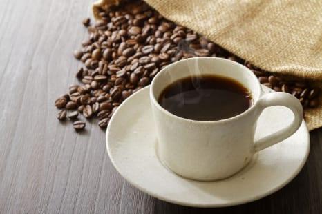 コーヒーで腸内細菌が増える?腸活に役立つコーヒーの飲み方