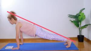 お尻がでっちりのような状態になると腰に負担がかかりやすく、腹筋を十分に使えていない場合があります