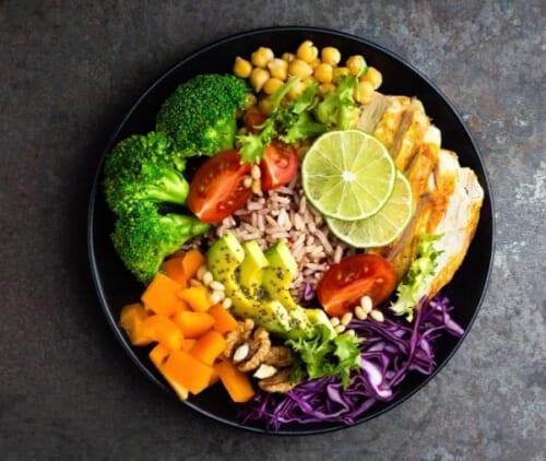 野菜を一品つける