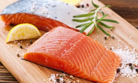 老化対策に◎美髪&美肌を叶える鮭の食べ方3つ