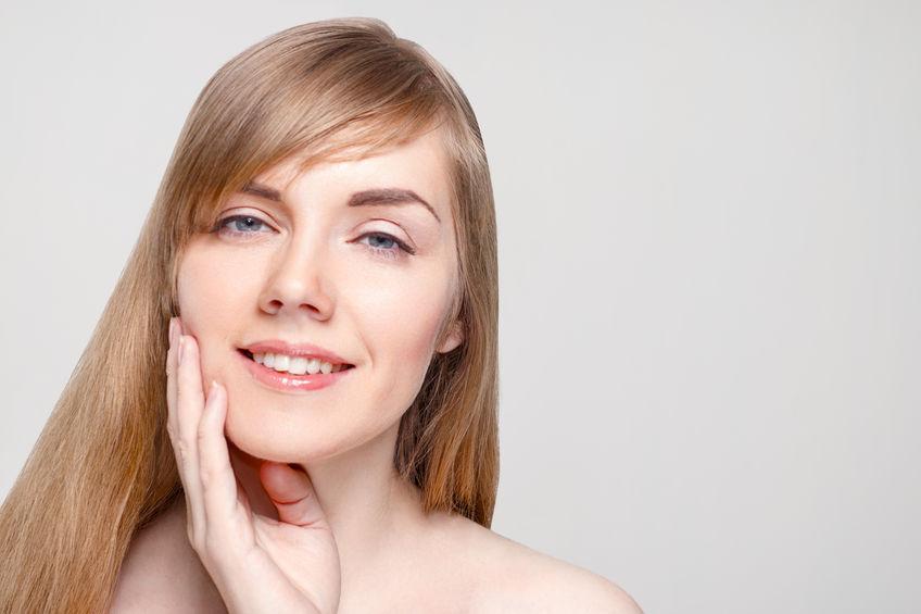老け見えの原因は前髪?40代・50代の美人度を上げる前髪のルール