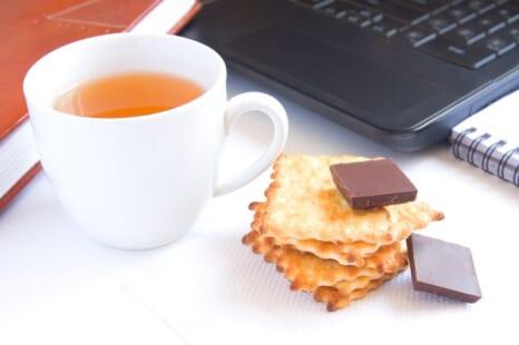 おやつを楽しみながらダイエットを成功に導く食べ方ルール