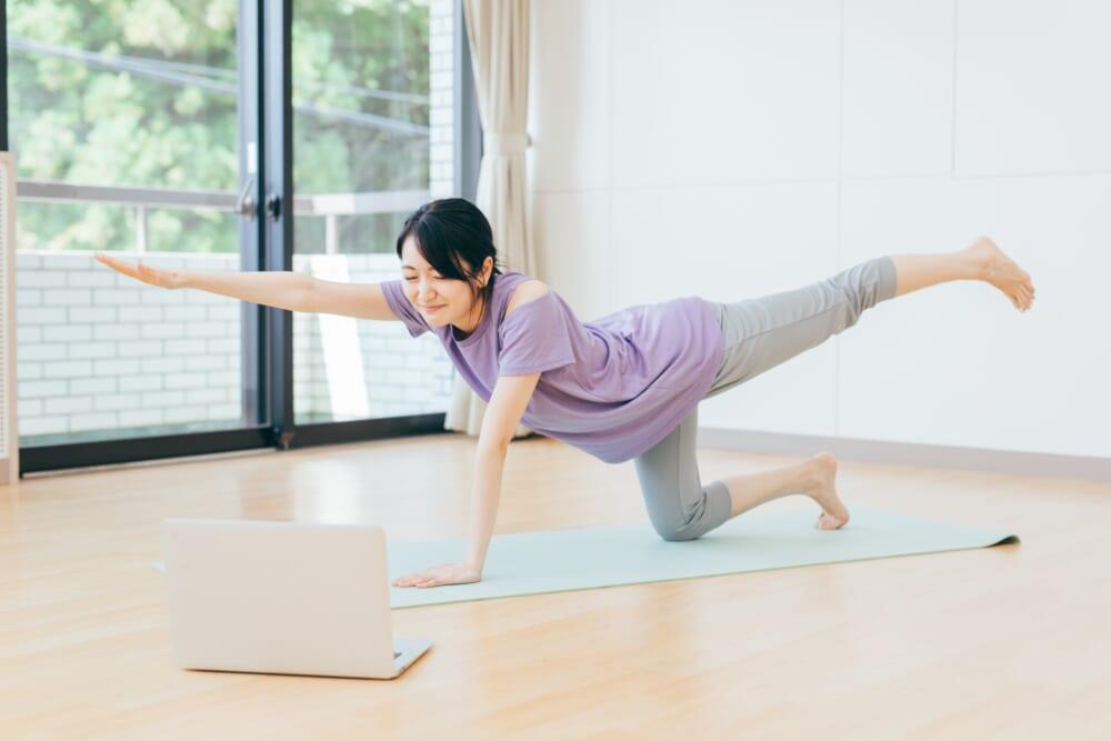 体幹エクササイズで柔軟性と代謝のいい身体へ