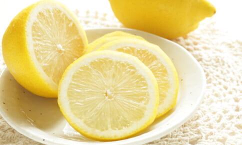 レモンでやせホルモンが?血糖値上昇を抑えるレモンの摂り方