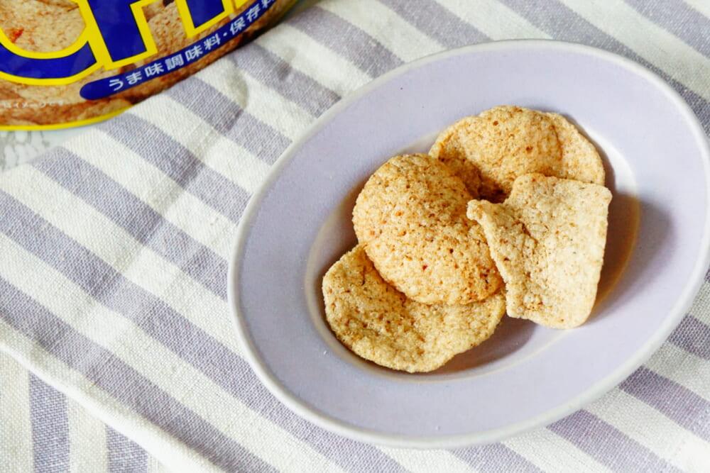 サクッとした食感とサバのうまみたっぷりのやや厚みのあるチップスは、子どもから大人まで美味しくいただける自然派おやつです。不足しがちな「カルシウム」や「DHA」などの良質脂質の補給にもおすすめです