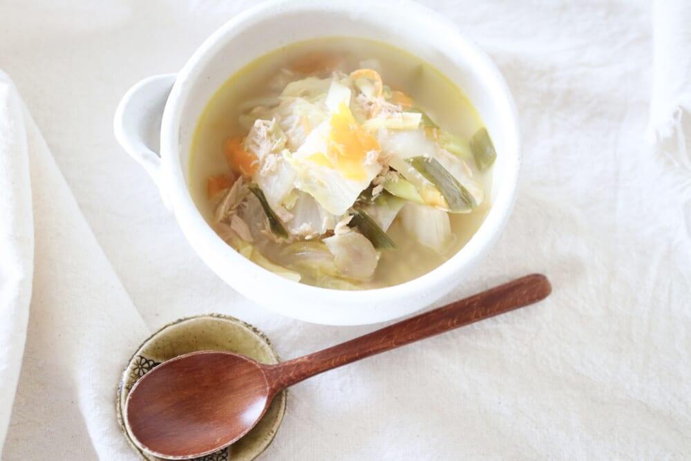 煮るまで5分!身近な食材で作る「むくみ改善の薬膳スープ」