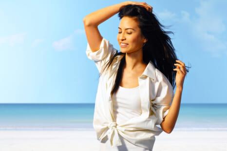 紫外線によるダメージで白髪が増える?日焼け頭皮のケア方法