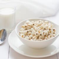 納豆ご飯でシミ対策!シミ予防効果を高めるちょい足し食材