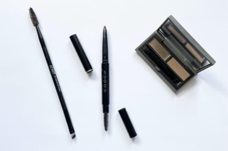 眉が簡単にキレイに描ける!40・50代が使うべき眉アイテム