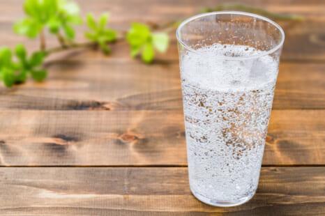 炭酸水で夏太り&老化予防!ちょい足しすべきもの5つ
