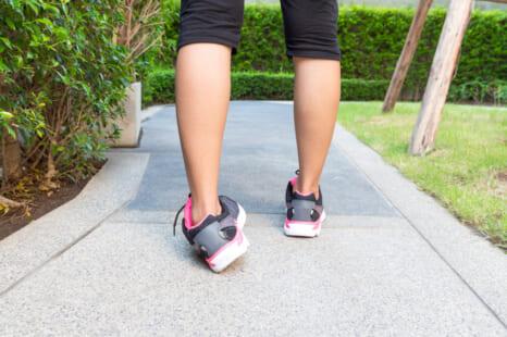 重心の乱れがむくみ&脂肪を招く?ながらでできる足首エクサ