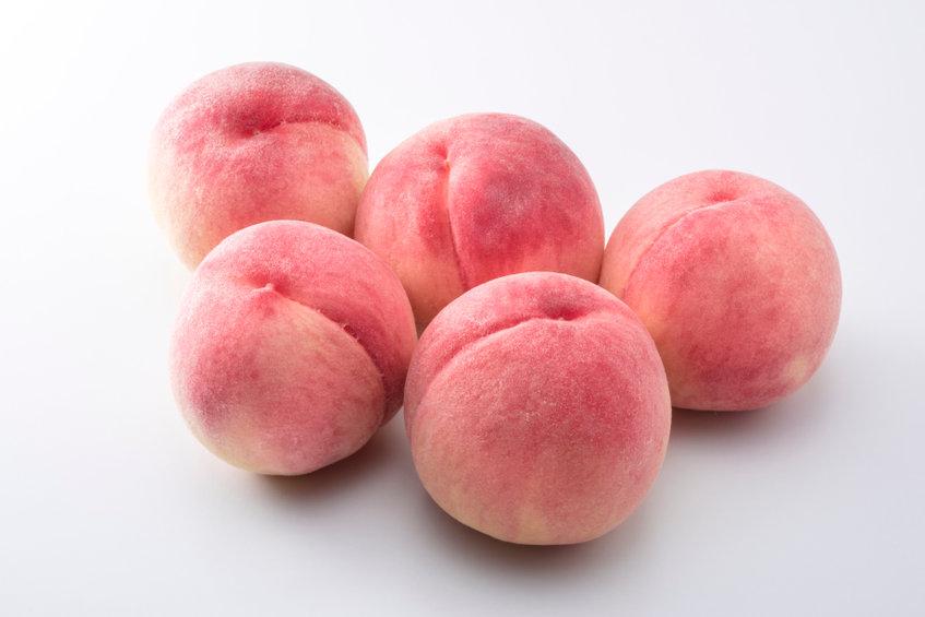 不老長寿の果実?夏の美容&健康に桃を食べるべき理由