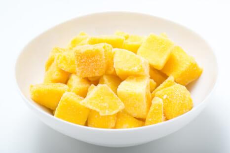 夏のダイエットおやつに!凍らせて美味しい美容に◎な果物