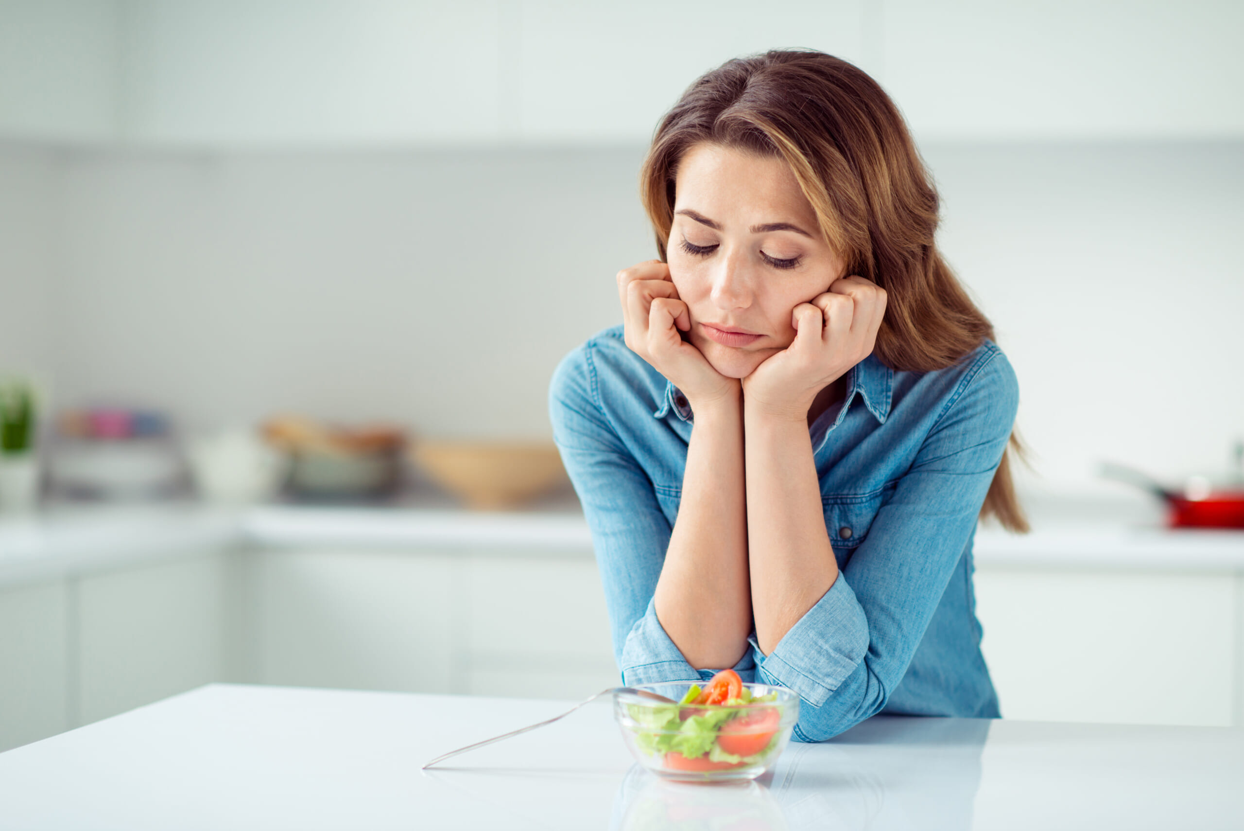 食べてないのに太るのはなぜ? 痩せない人のNG行動3つ