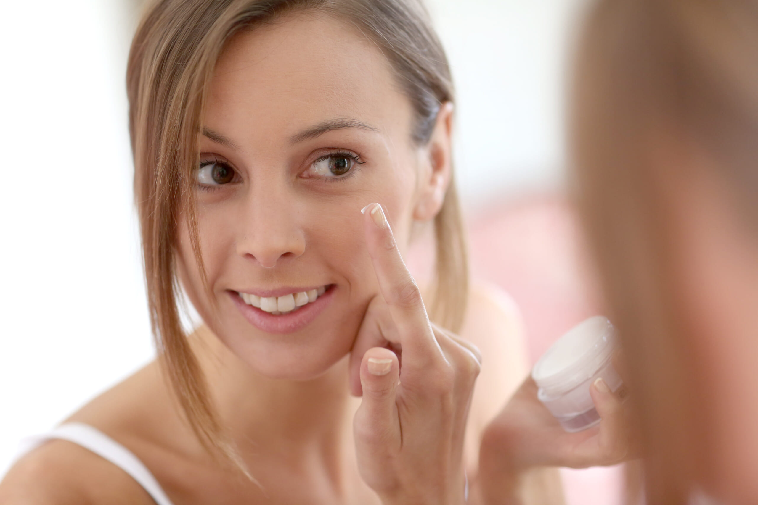 化粧下地で老け見え?40代が避けるべき化粧下地