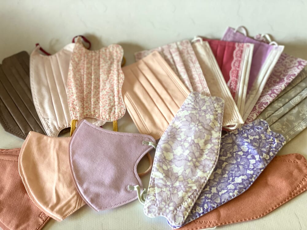 ご紹介する不織布マスクは全16枚